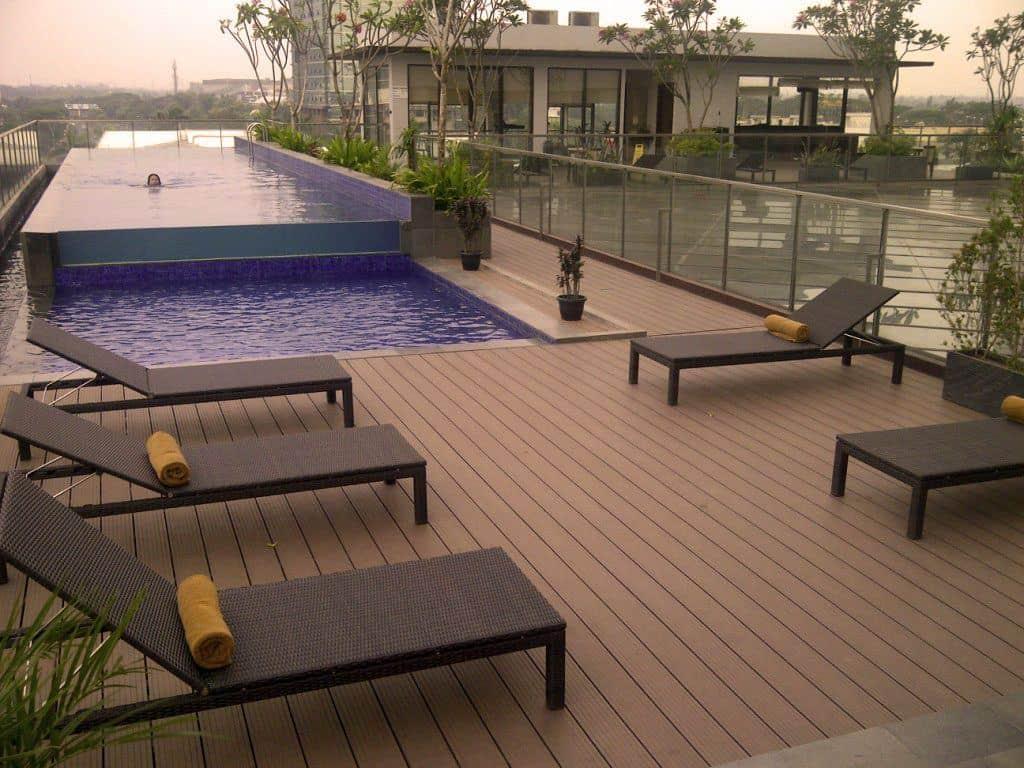 Side pool decking installation Brisbane